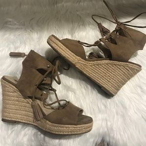 Forever 21 Taupe Faux Suede Tie Up Wedges - SZ 8